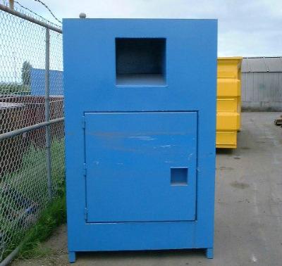 blueclothingbin400px